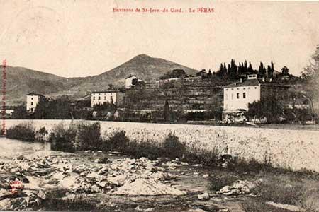 le chateau vu de la rivière en 1906